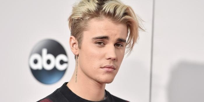 Mộng thấy ca sĩ nổi tiếng Justin Bieber cho thấy bạn đang có một gia đình hạnh phúc